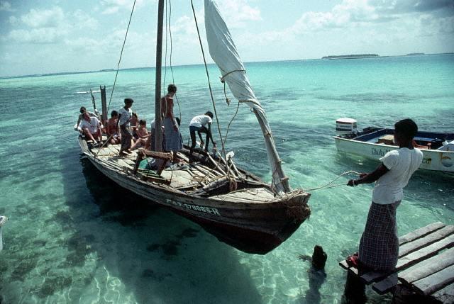 Barco en las islas Maldivas