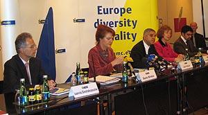 Conferencia de prensa el 18 de diciembre de 2006