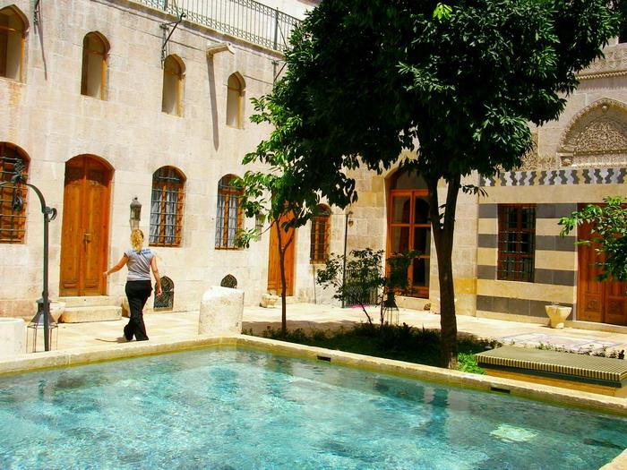 Hotel Mansuriya
