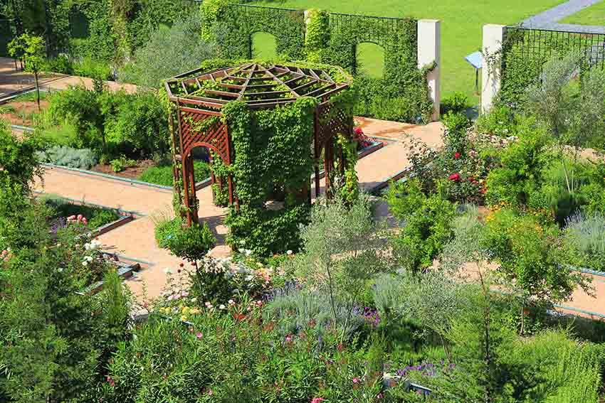 The Spiritual Garden - FUNCI - Fundación de Cultura Islámica